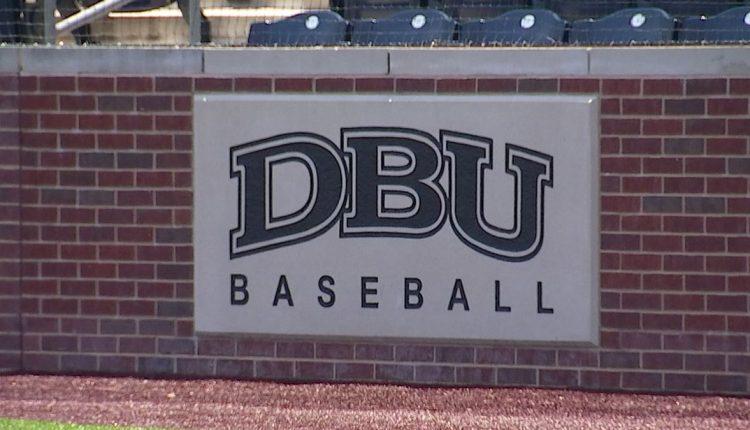 DBU-baseball-1.jpg
